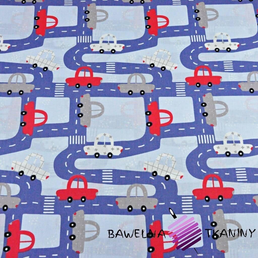 Bawełna ulice z samochodami granatowe na niebieskim tle