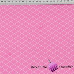 romby białe na różowym tle