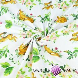 sarenki z zającami i zielonymi listkami na białym tle