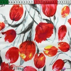 Bawełna tulipany czerwone na białym tle
