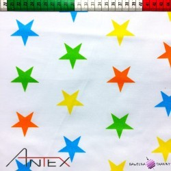 Bawełna gwiazdki kolorowe na białym tle