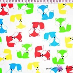 Bawełna kolorowe Liski na białym tle