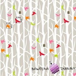 Bawełna ptaki na drzewach na beżowym tle