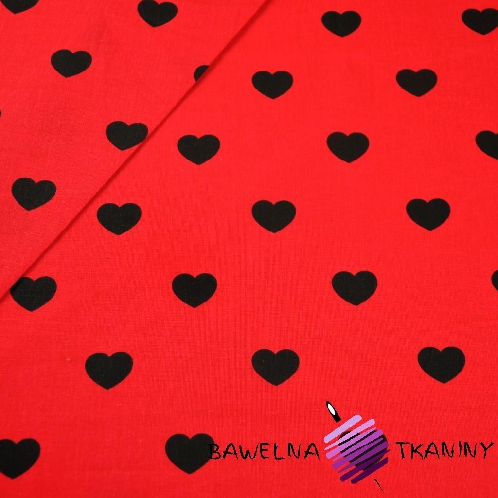 Bawełna serduszka 20 mm czarne na czerwonym tle
