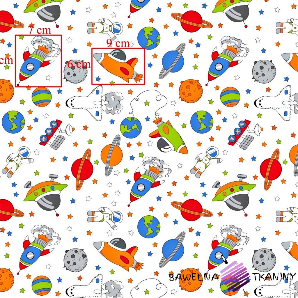 Bawełna kosmos kolorowy na białym tle