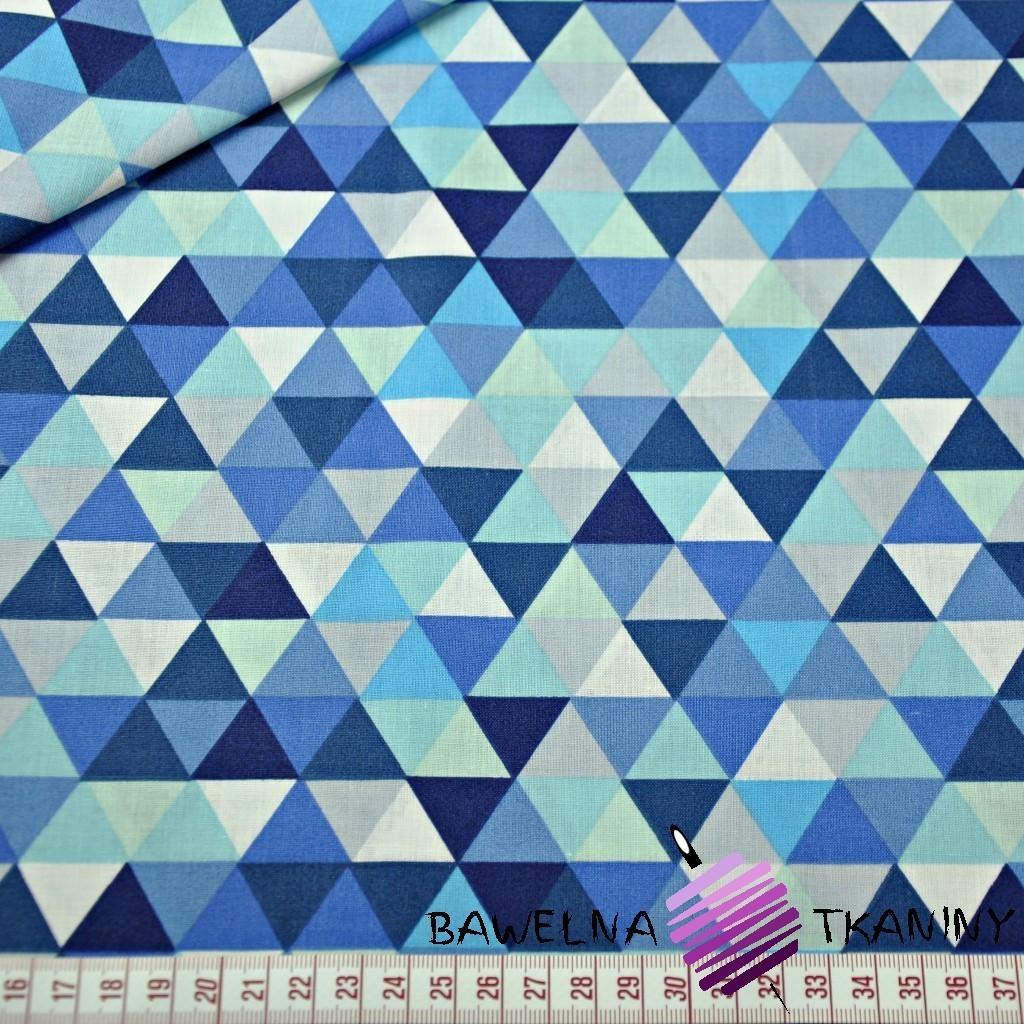 Bawełna trójkąty małe kolorowe niebieskie na białym tle