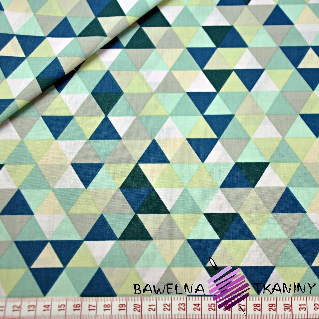 Bawełna trójkąty małe kolorowe zielone na białym tle