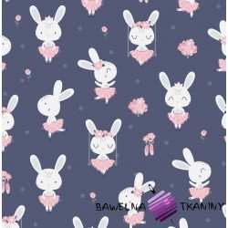 Bawełna króliki na huśtawkach na granatowym tle