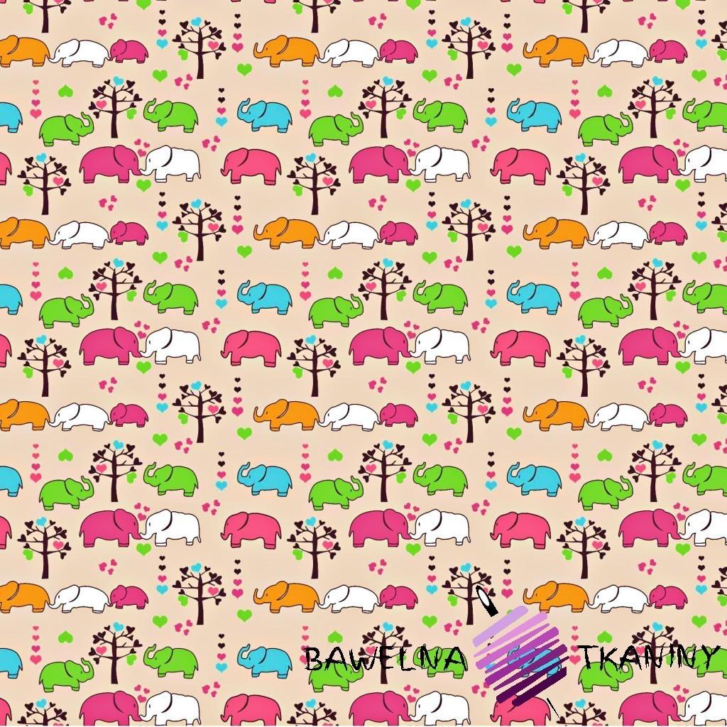 Bawełna słoniki kolorowe z drzewkami na beżowym tle