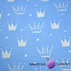 Bawełna korony z kropkami białe na niebieskim tle
