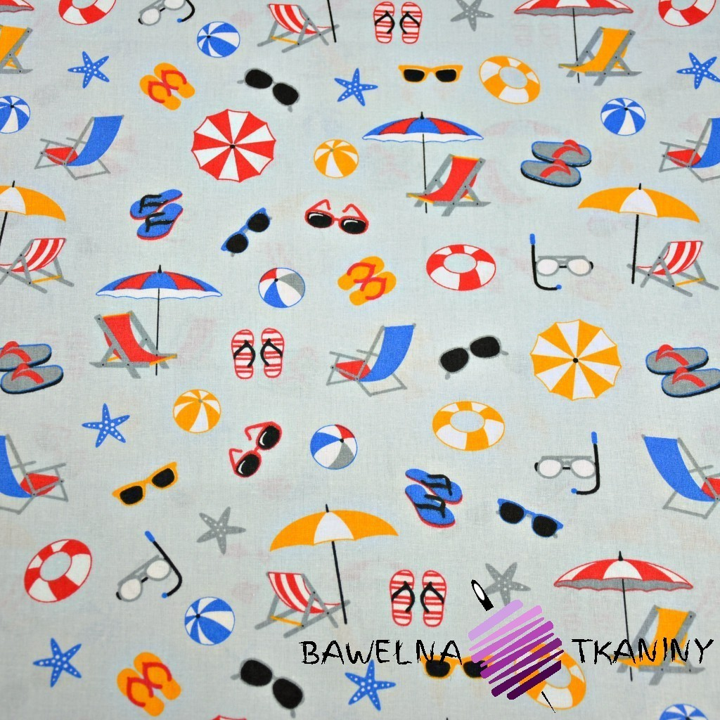 Bawełna rzeczy plażowe kolorowe na szarym tle