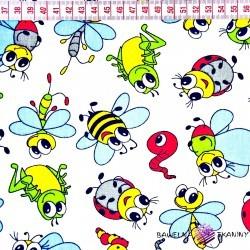 Bawełna kolorowe owady na białym tle