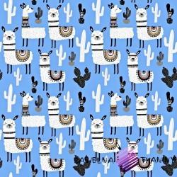 Bawełna alpaki z kaktusami na niebieskim tle