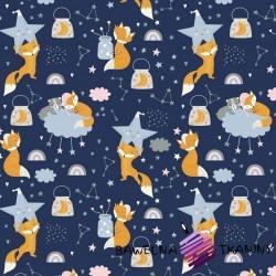 Bawełna liski śpiące z gwiazdkami na granatowym tle