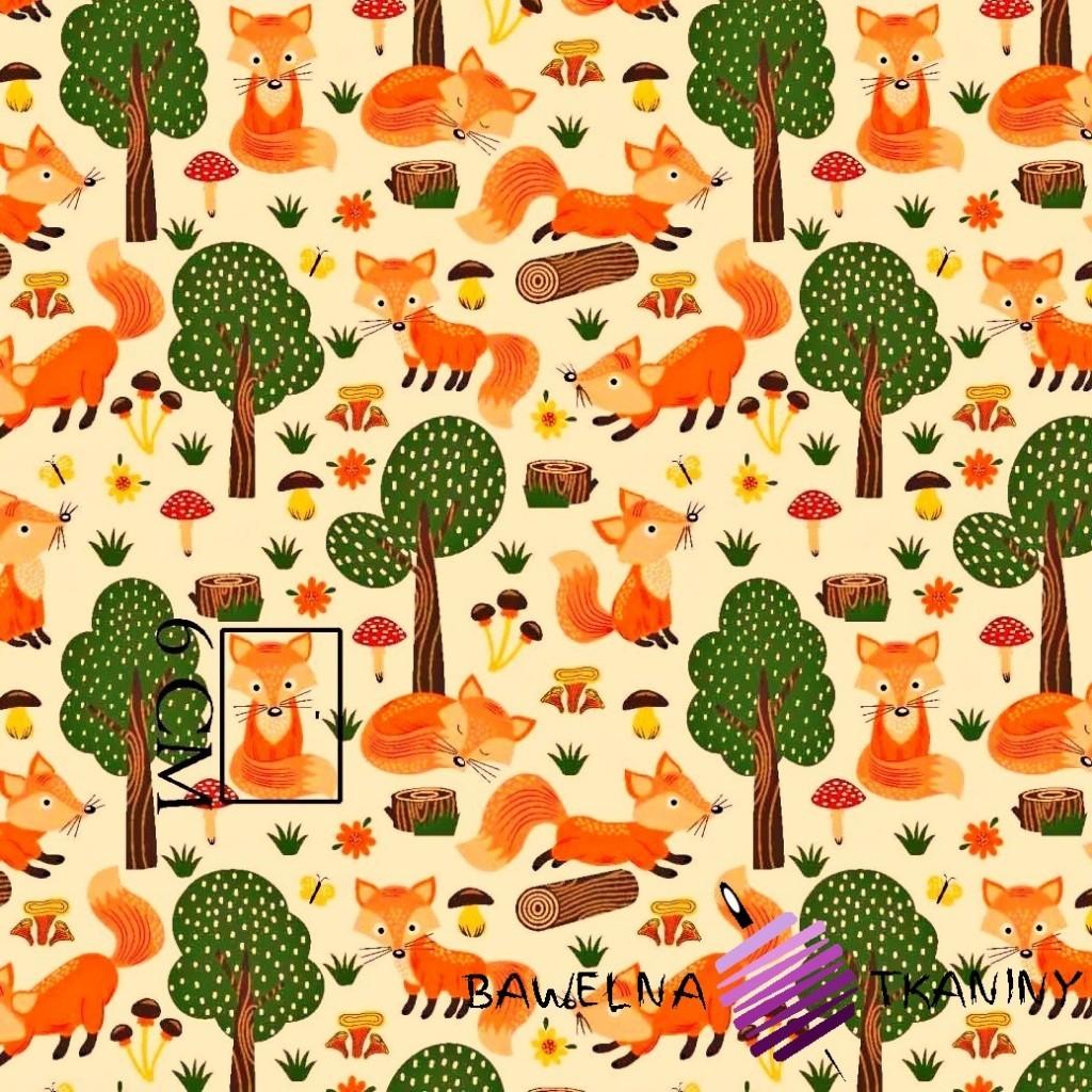 Bawełna liski w lesie na ecru tle