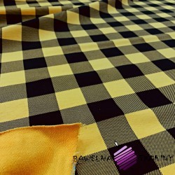 Looped knit - black & mustard chequered