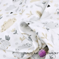 Muślin bawełniany sówki z króliczkami beżowo szare na białym tle