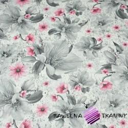 kwiaty magnolie szaro-różowe na białym tle