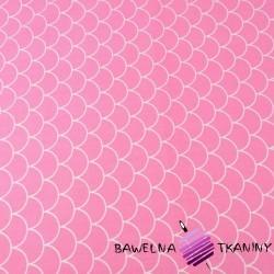 łuski białe na różowym tle